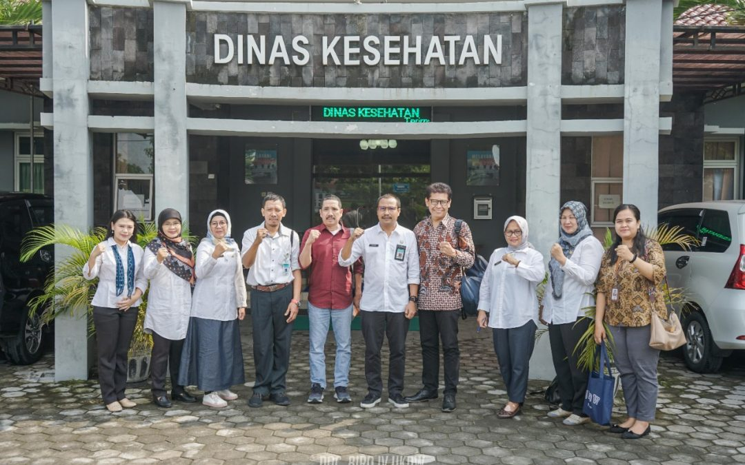 Biotechnology UKDW Joins Hands with Bantul Health Agency to Alleviate Dengue Fever